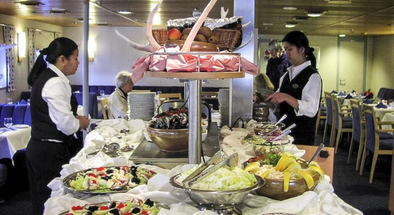 Africa cruise ship catering
